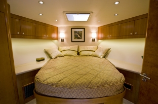 Custom Boat & Yacht Bedding and Window Treatments 2